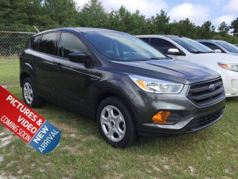 Certified Pre-Owned 2017 Ford Escape S FWD